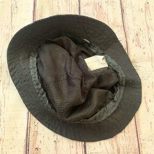 Vintage Accessories - Vintage Paris black adjustable bucket style hat